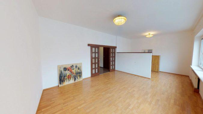 NL-REAL-ponuka-na-predaj-VELKY-2-izbovy-byt-v-UPLNOM-CENTRE-HURBANOVO-NAMESTIE-03162018_161605