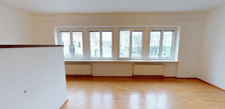 NL-REAL-ponuka-na-predaj-VELKY-2-izbovy-byt-v-UPLNOM-CENTRE-HURBANOVO-NAMESTIE-03162018_161641