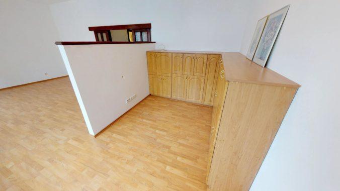 NL-REAL-ponuka-na-predaj-VELKY-2-izbovy-byt-v-UPLNOM-CENTRE-HURBANOVO-NAMESTIE-03162018_161700