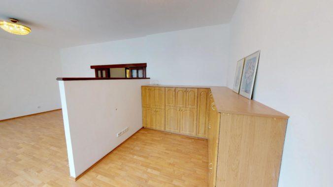NL-REAL-ponuka-na-predaj-VELKY-2-izbovy-byt-v-UPLNOM-CENTRE-HURBANOVO-NAMESTIE-03162018_161705