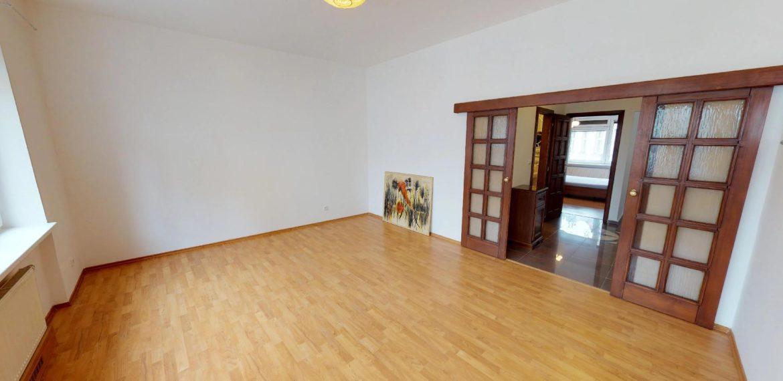 NL-REAL-ponuka-na-predaj-VELKY-2-izbovy-byt-v-UPLNOM-CENTRE-HURBANOVO-NAMESTIE-03162018_161732