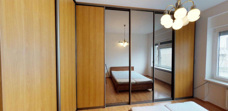 NL-REAL-ponuka-na-predaj-VELKY-2-izbovy-byt-v-UPLNOM-CENTRE-HURBANOVO-NAMESTIE-03162018_161938