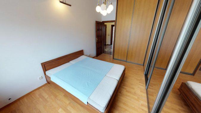 NL-REAL-ponuka-na-predaj-VELKY-2-izbovy-byt-v-UPLNOM-CENTRE-HURBANOVO-NAMESTIE-03162018_162001