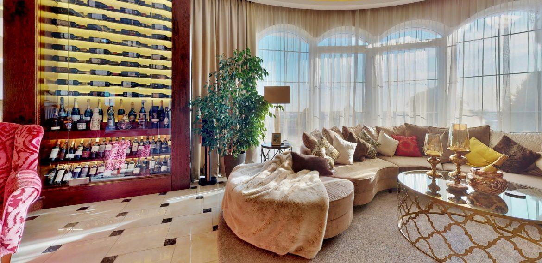 Nitra-Living-Room