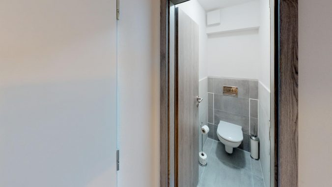 3D-PREHLIADKA-PANONSKA-CESTA-ul-PETRZALKA-Bathroom