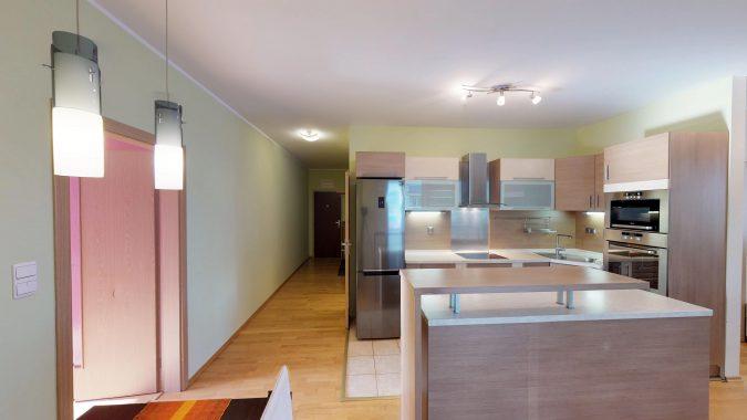 3-izbovy-SUSTEKOVA-ulica-PETRZALKA-NA-PRENAJOM-05022018_235518