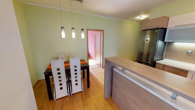 3-izbovy-SUSTEKOVA-ulica-PETRZALKA-NA-PRENAJOM-05022018_235634