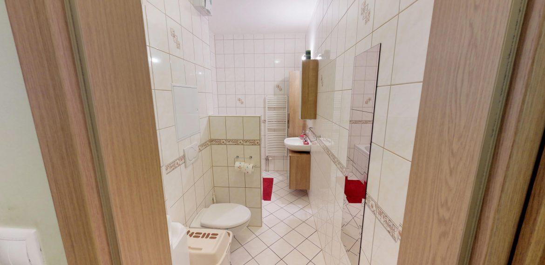 3-izbovy-SUSTEKOVA-ulica-PETRZALKA-NA-PRENAJOM-05032018_000625