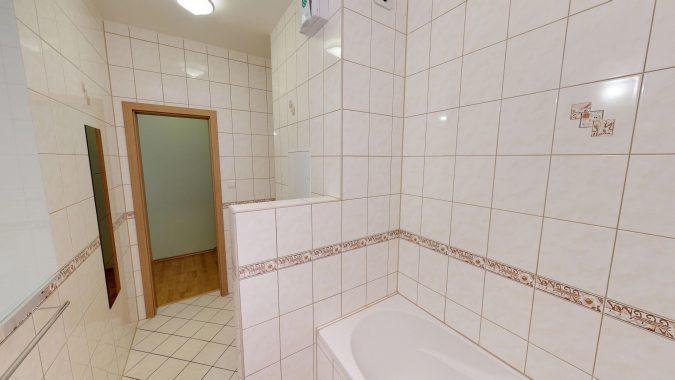 3-izbovy-SUSTEKOVA-ulica-PETRZALKA-NA-PRENAJOM-05032018_000717